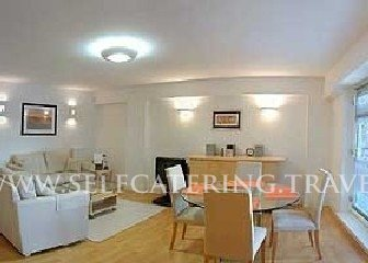 Holiday Apartment in City of London Financial District