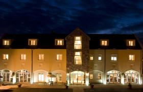 Photo of Deebert House Hotel