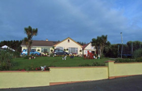 Photo of The Yellow Rose Bed And Breakfast