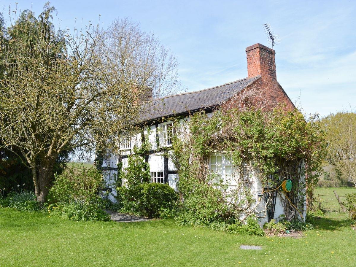 Photo of Castle Cottage