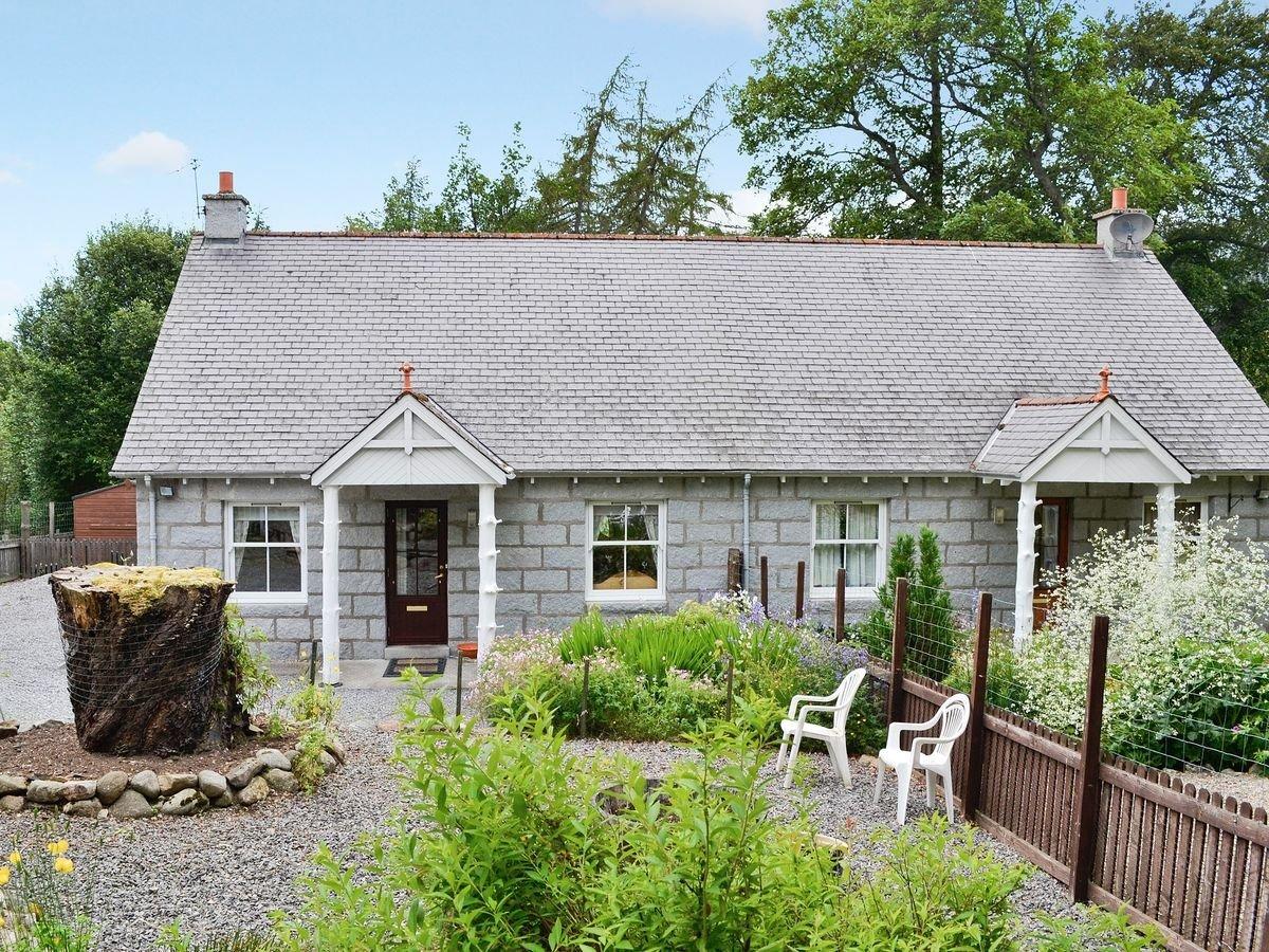 Photo of Horsechestnut Cottage