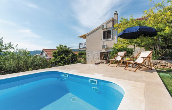 Photo of Holiday home Trogir-Vinisce