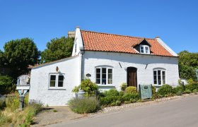 Photo of Camberley Cottage