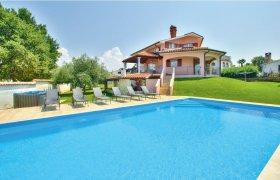 Photo of Holiday home Porec-Stanici
