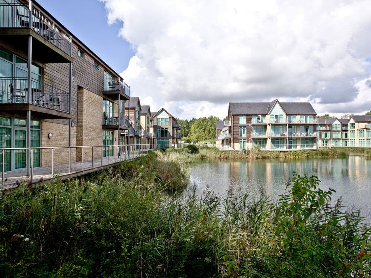 Photo of Cotswold Water Park Apartments - Water Park Apartment 3