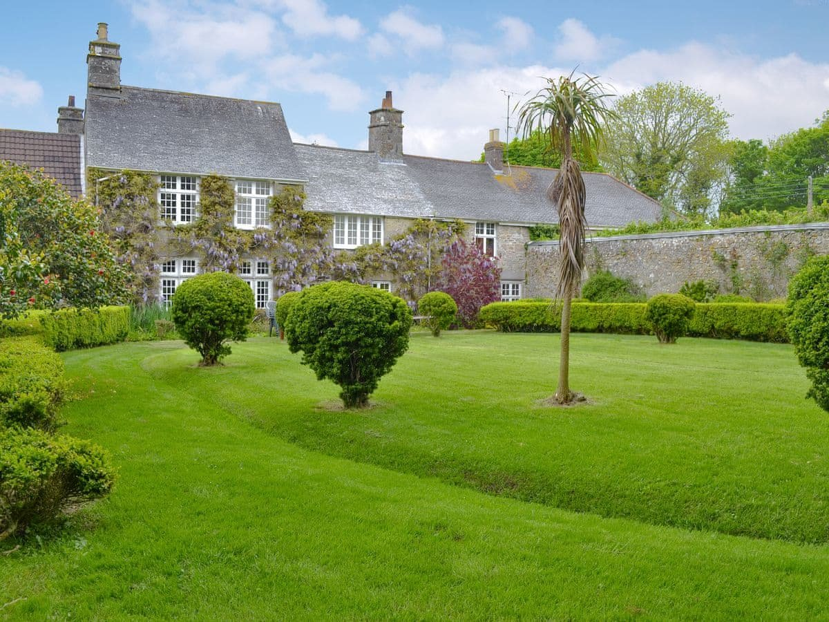 Photo of Manor House