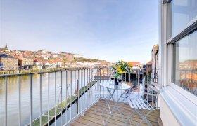 Photo of Harbourside Apartment 1