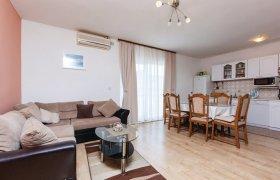 Photo of Holiday home Trogir-Kastel Kambelovac