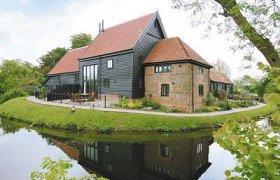 Photo of Wattisham Hall Cottages - Tithe Barn