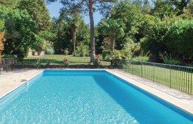 Photo of Villa De Jardin