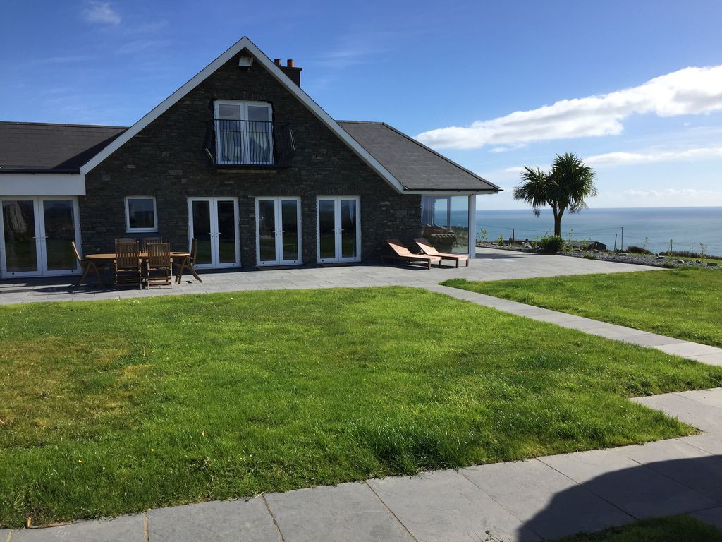 Magnificent Self Catering Cottages Vacation Rentals Kinsale Cork Download Free Architecture Designs Crovemadebymaigaardcom