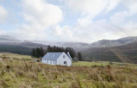 Photo of Sealladh Breagh-UK30002
