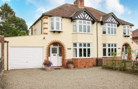 Photo of Sunningdale Family Cottage