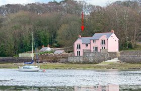 Photo of Goldfinch Pet-Friendly Cottage