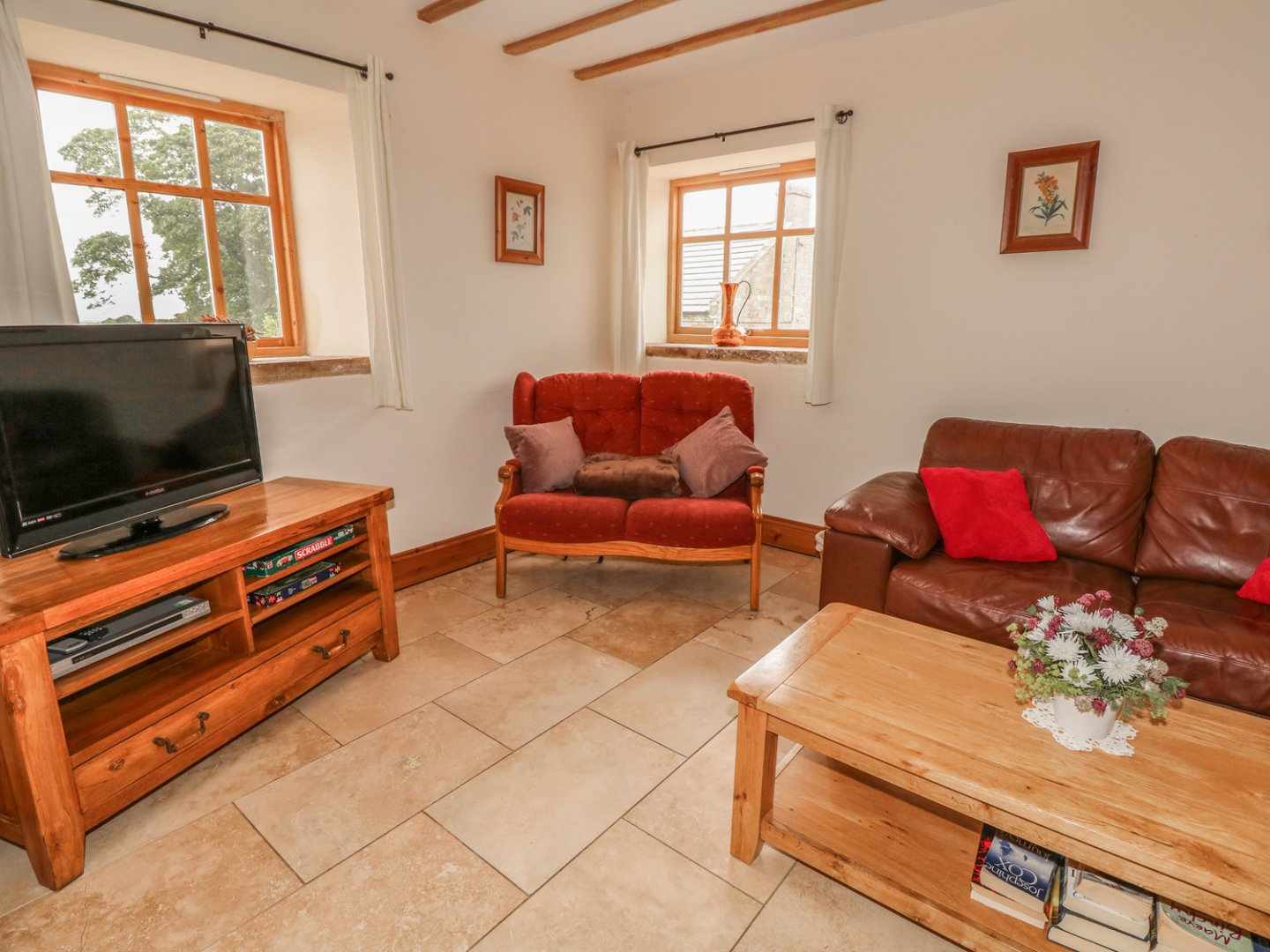 The Cote Pet-Friendly Cottage