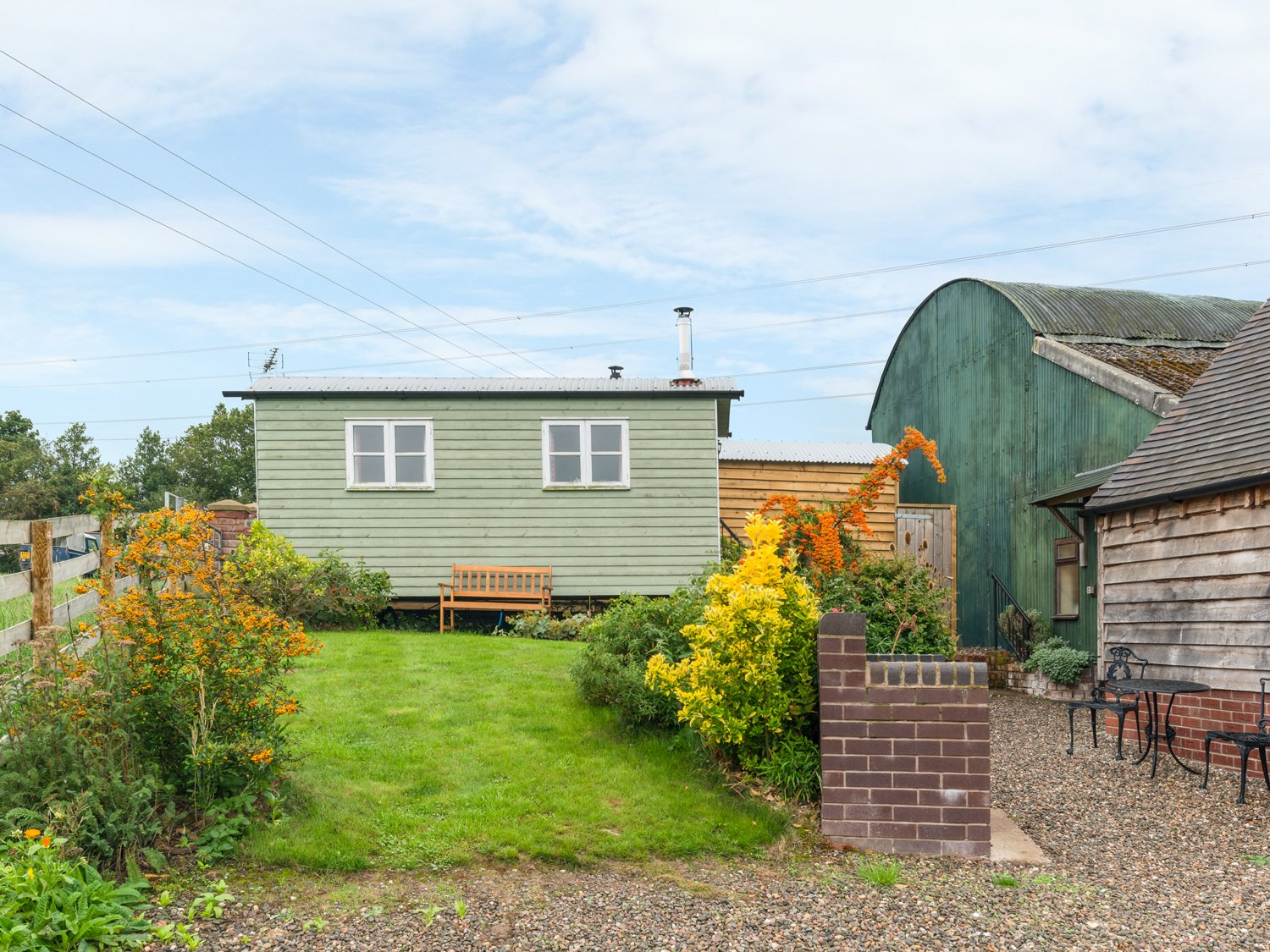 Photo of Shepherd's Hut Countryside Cottage